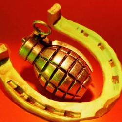 horseshoe-grenade-1