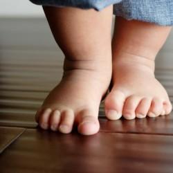 baby-feet-680x452